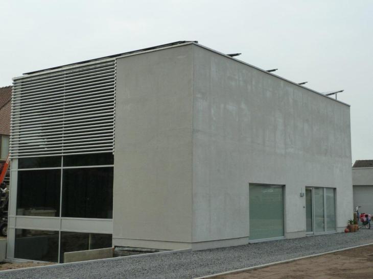 Zonnepanelen op plat dak Lommel