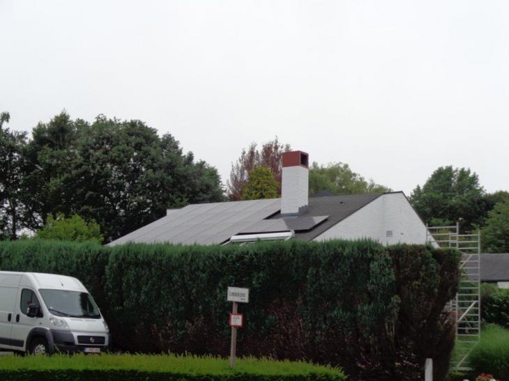 Zonnepanelen op roofing Alsemberg