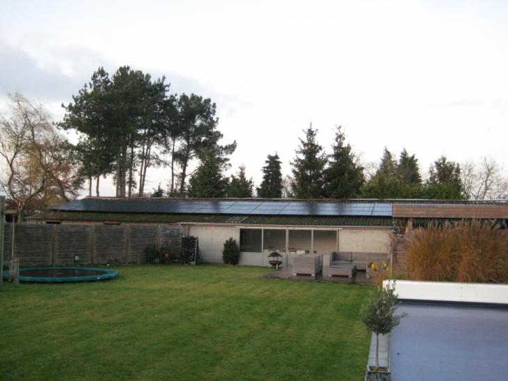 Zonnepanelen op golfplaten dak Westerlo