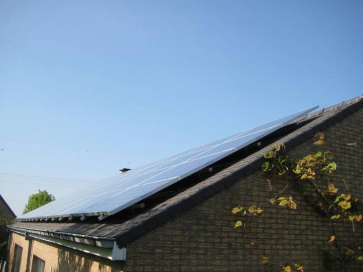 Zonnepanelen op leien dak Grimbergen
