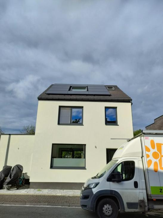 Zonnepanelen op pannen dak in Herent