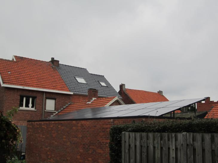 Zonnepanelen op plat dak Ham