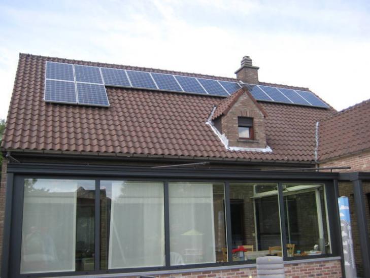 Zonnepanelen op pannen dak Ranst