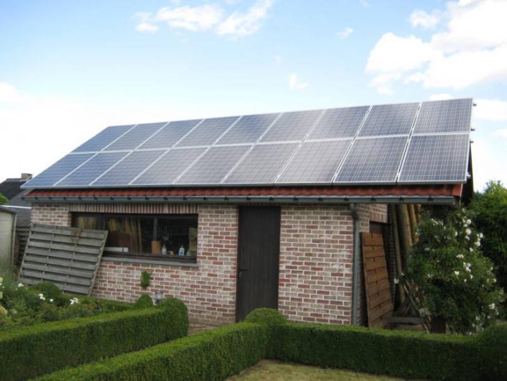 Zonnepanelen op pannen dak in Vorselaar