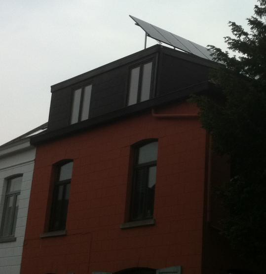 Zonnepanelen op plat dak Herent