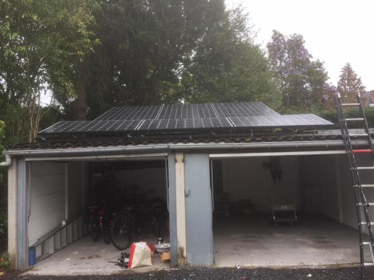 Zonnepanelen op golfplaten dak Heverlee