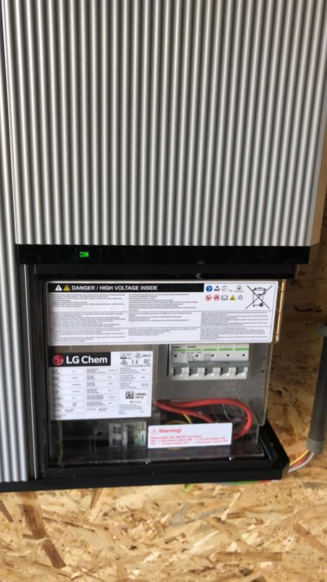 SMA + LG batterij in Holsbeek